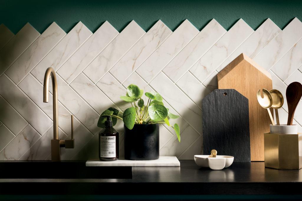 Piastrelle per la cucina in marmo Marca Corona - Di Giacomo Pavimenti